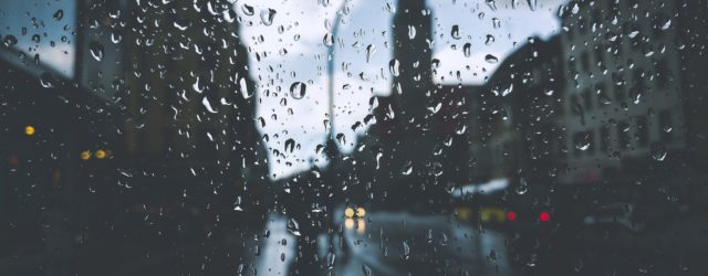 Regenbekleidung