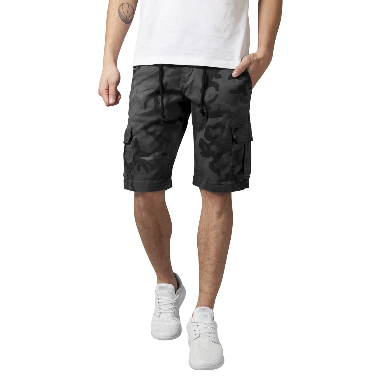 camouflage cargo shorts urban classics kurze hose. Black Bedroom Furniture Sets. Home Design Ideas