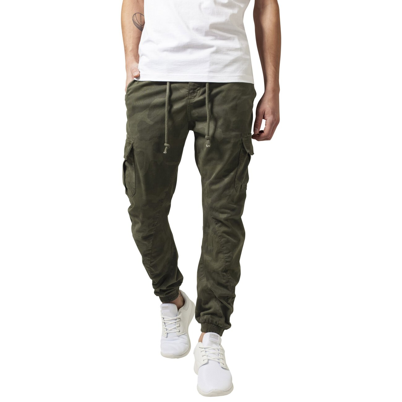 camo jogginghose urban classics herren cargo jogginghose. Black Bedroom Furniture Sets. Home Design Ideas